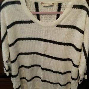 Size 1x white sweater with navy stripes